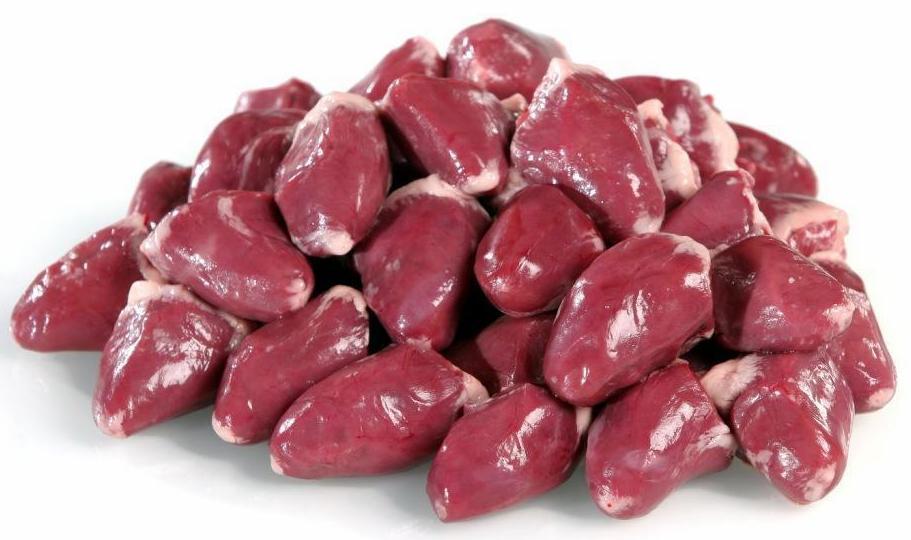 В рацион мейн куна должно входить сердце говяжье, свиное, куриное и индейки.